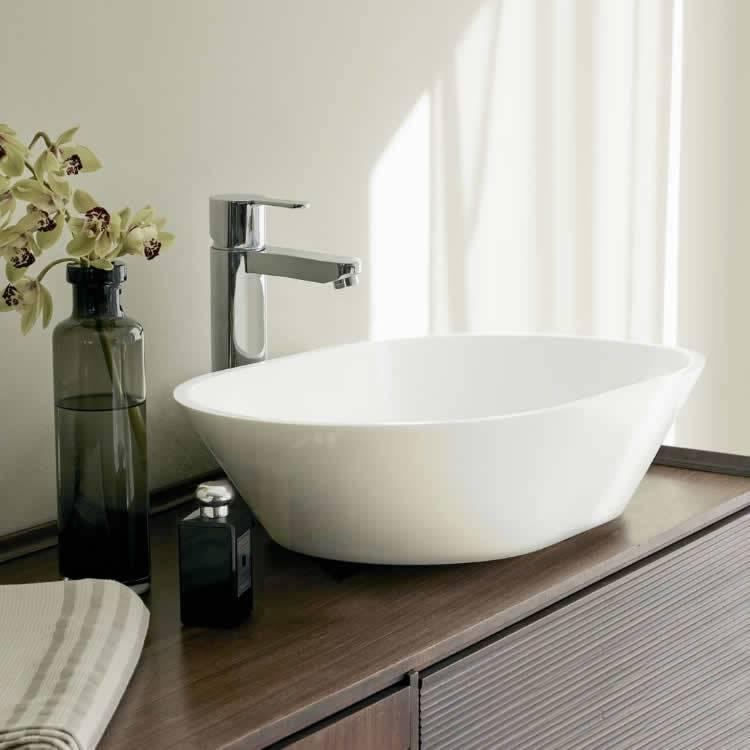 Clearwater Sontuoso Clear Stone Basin Lifestyle Image