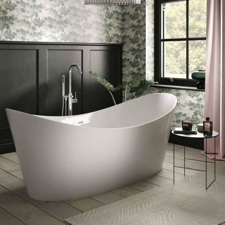 Lifestyle Photo of The White Space Sulis 1700mm Freestanding Bath
