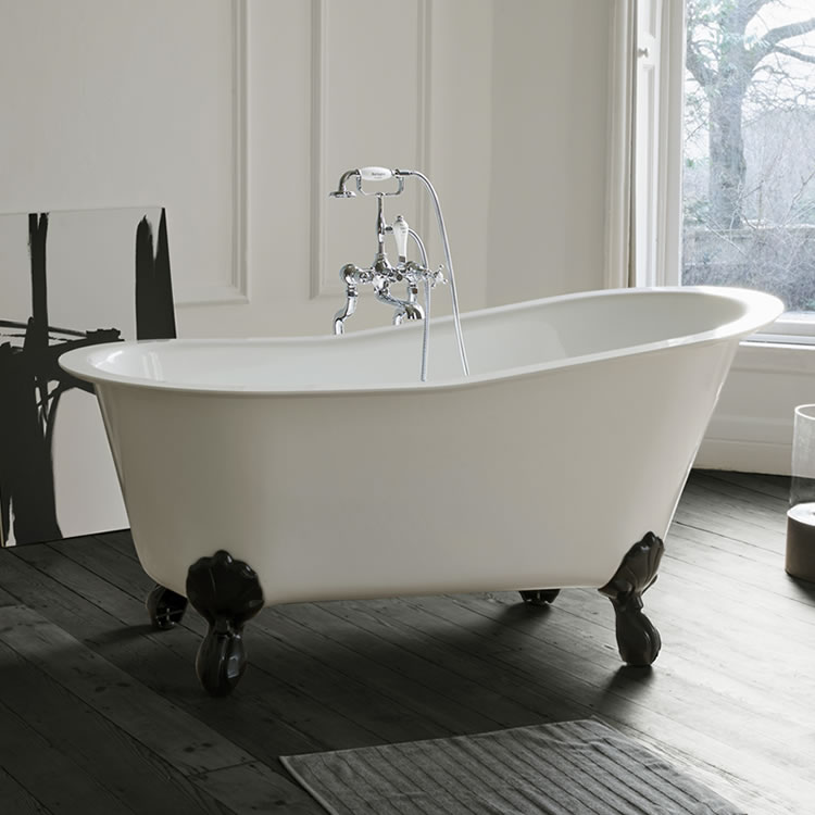 Clearwater Romano Petite Clear Stone Freestanding Bath & Feet Lifestyle Image