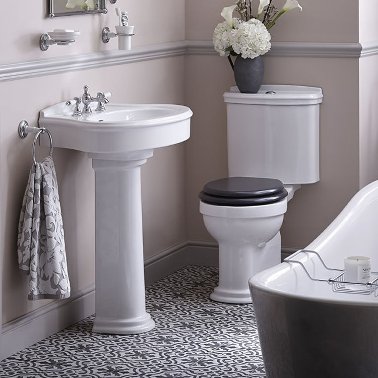 heritage claverton basin & close coupled wc set in a small bathroom