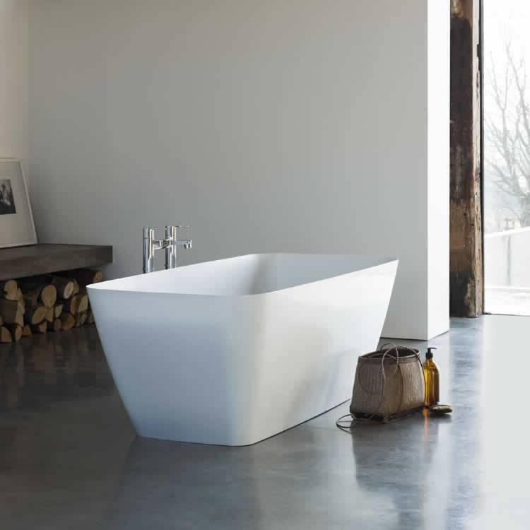 Clearwater Vicenza Petite Clear Stone Freestanding Bath Lifestyle Image