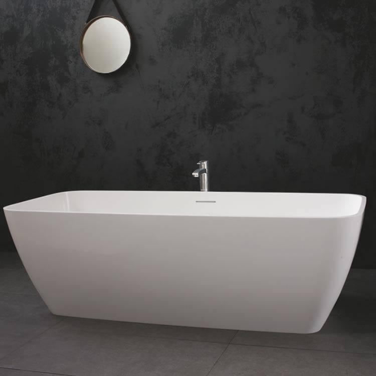 Clearwater Vicenza Grande Natural Stone Freestanding Bath Lifestyle Image