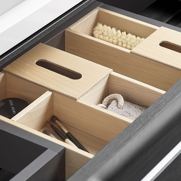 storage boxes for makeup items and brushes