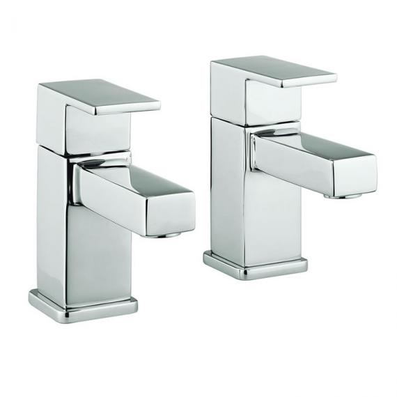 Adora Quantum Bath Pillar Taps