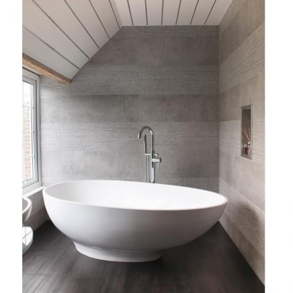 BC Designs Thinn Gio 1645mm Freestanding Bath