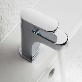 Vado Life Mini Mono Basin Mixer