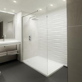 Elite 1400mm Walk In Shower Screen & Shower Tray